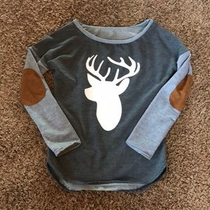 Tops - NWOT Sweatshirt, elbow patches with deer decal.